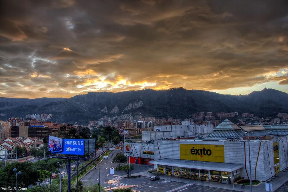 Amanece en Bogotá por Emilio