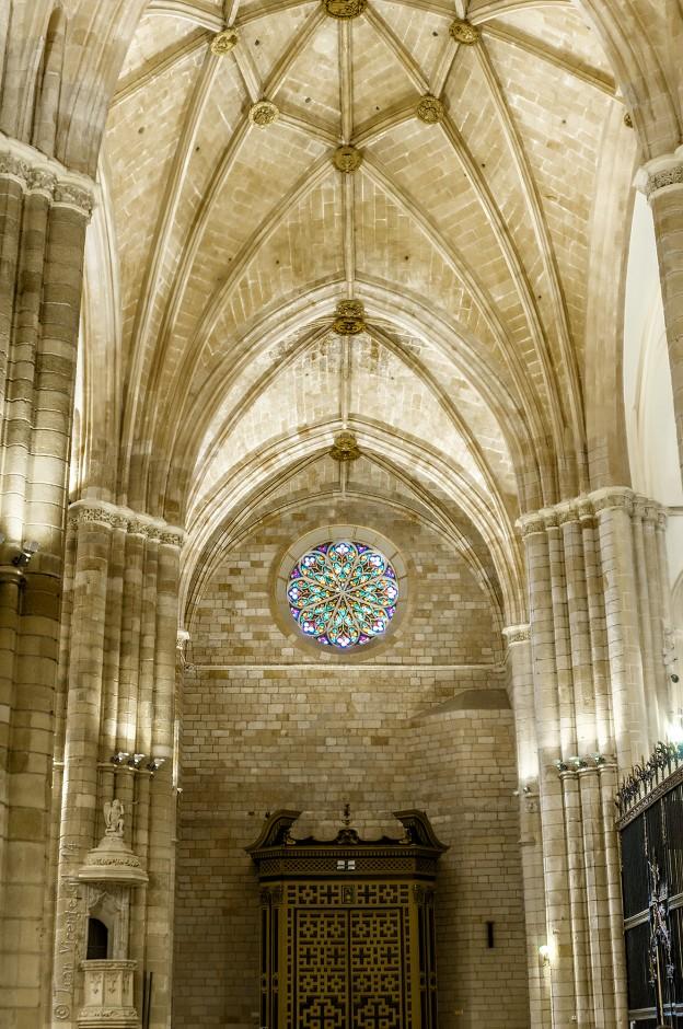 Catedral de Murcia, interior puerta de los apostoles